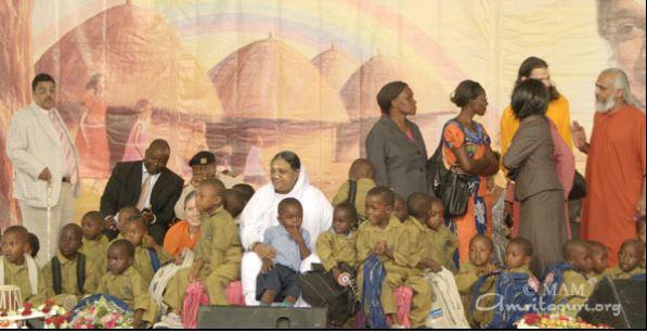 Amma – Mata Amritanandamayi – Biography – Life Timeline with
